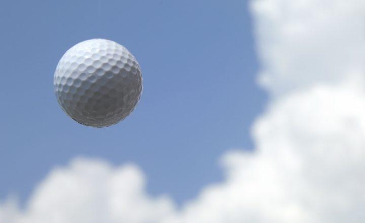 安いのによく飛ぶ!最強のゴルフボールの選び方とおすすめ人気ランキング!