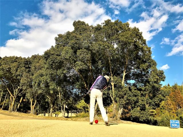 3. アマチュアゴルファーの多くはコックをリリースするタイミングが早い