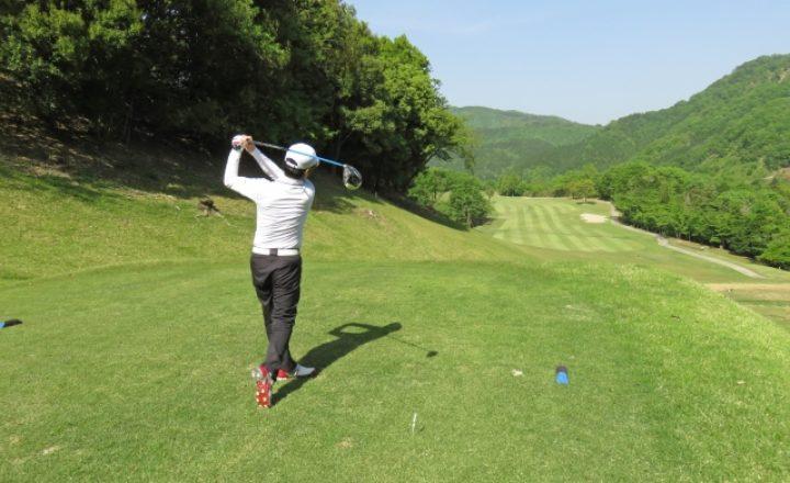 ゴルフのスコアで平均100切りできる人口や割合ってどれくらい?