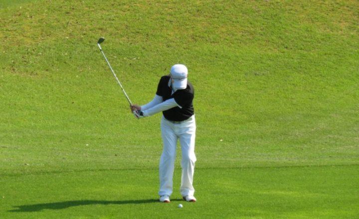 失敗しない!ゴルフ初心者におすすめなアプローチの打ち方!(基本編)