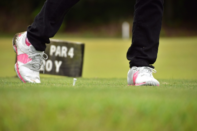 1. ゴルフシューズのサイズがゴルフに与える影響