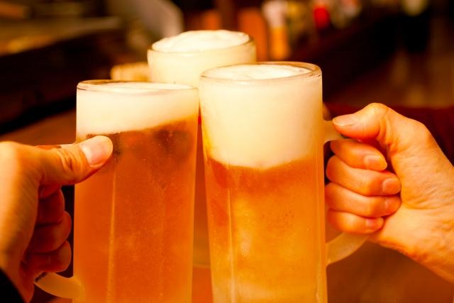 1. ゴルフ場でのお酒の飲酒はマナー違反にならないのか?
