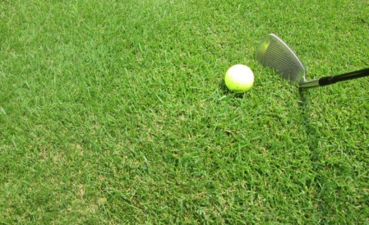 無駄なミスを減らす!5番アイアンの正しいボールの位置とアドレスの取り方!