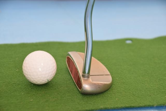 1. ゴルフクラブのバランスの測定に必要な道具
