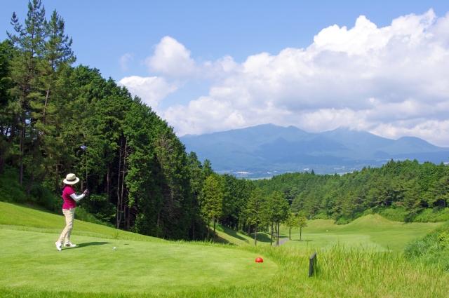 2. 女性の必需品!夏のゴルフ場に必要なゴルフ用品以外の持ち物