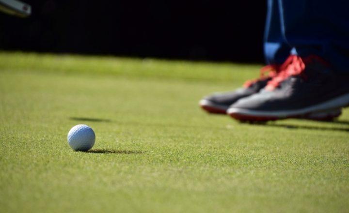ゴルフのパット数が激減!パター上達におすすめなDVD教材の人気ランキングTOP5!