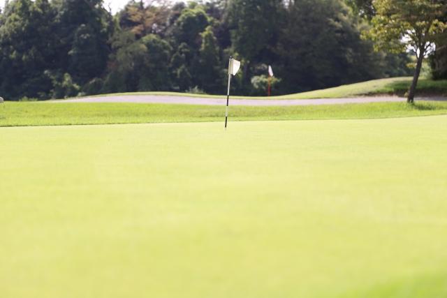 4. パターで細いグリップを避けた方が良いゴルファーの特徴