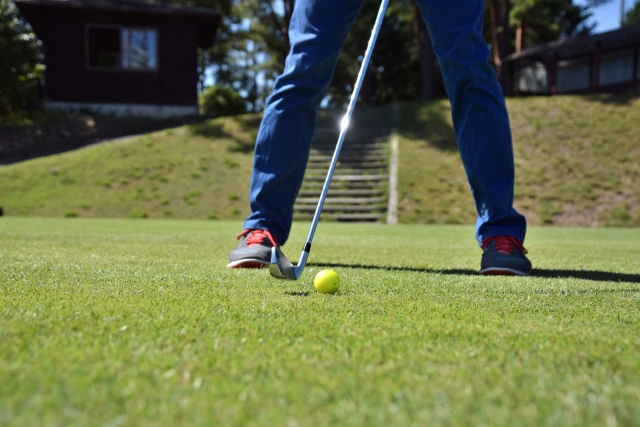 1. プロゴルファーがティーショットで3番アイアンを使用する理由