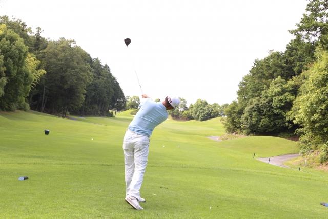 4. ゴルフで右脇腹が筋肉痛になりやすい人のスイングの特徴