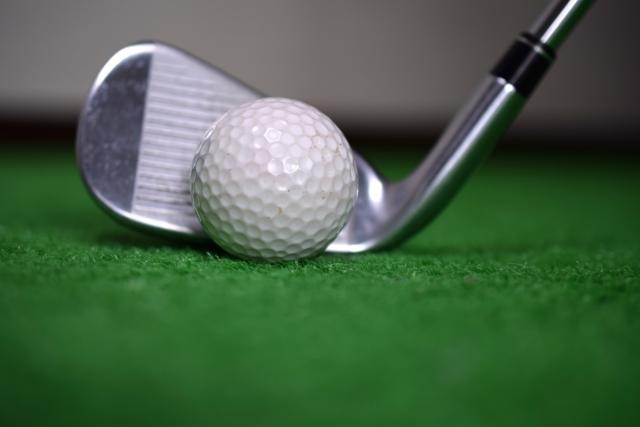 3. 3番アイアンではゴルフボールを上げようとしない打ち方が重要!