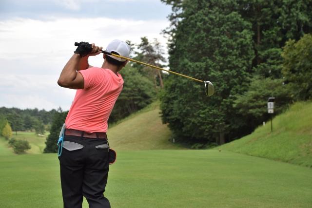 1. ゴルフで肩が筋肉痛になるのは手打ちが原因?