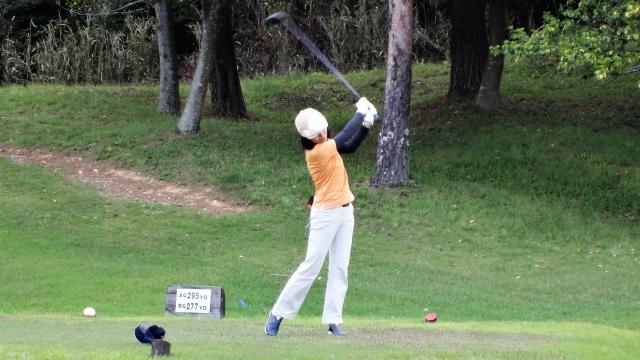 4. 女性アマチュアゴルファーのドライバーの飛距離の平均