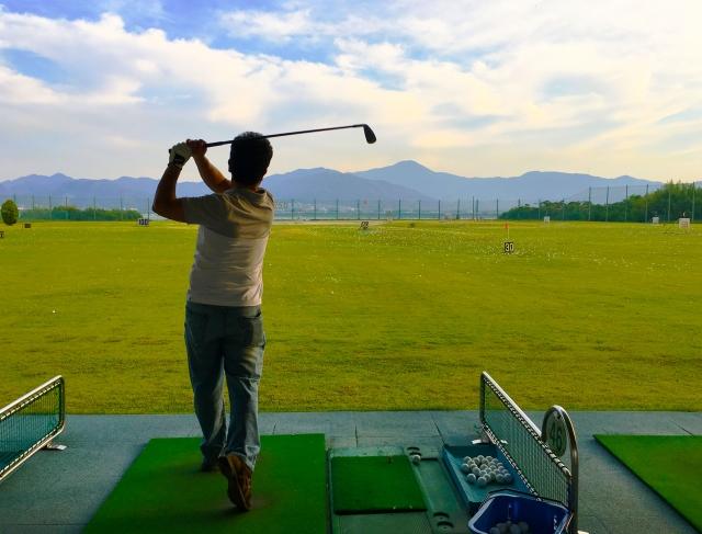 2. アマチュアゴルファーの4番アイアンの飛距離