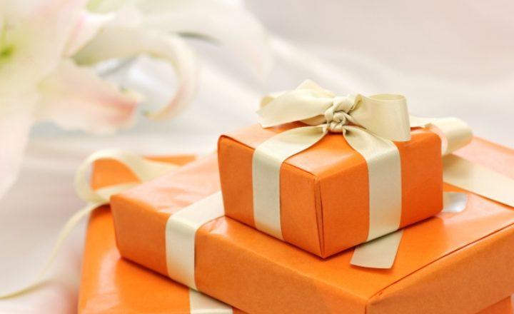 女性へのプレゼントにおすすめなゴルフグッズ10選!絶対に喜ばれる人気商品ランキング!