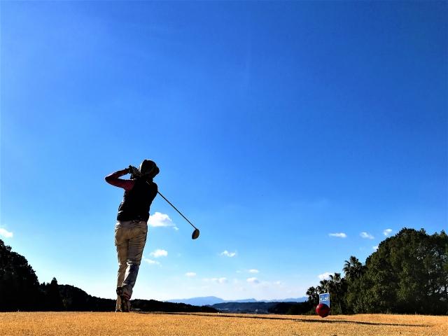 1. ゴルフ初心者のドライバーの飛距離はどのくらい?