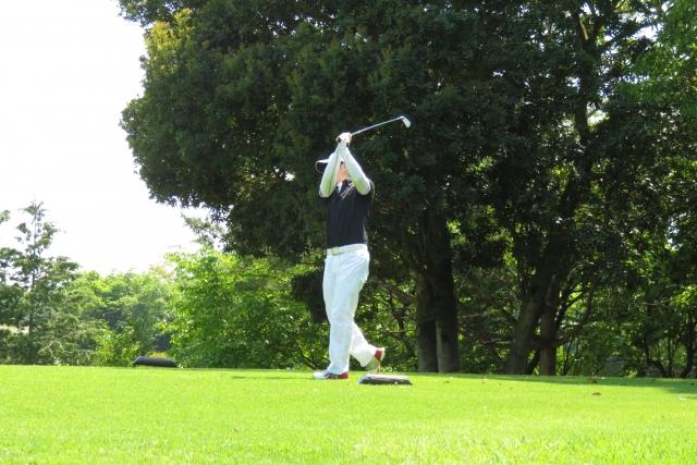 3. 秋ゴルフのラウンド時の格好とドレスコード