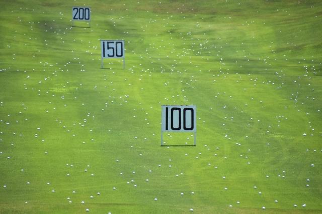 2. 10番アイアンの飛距離の目安はどのくらい?