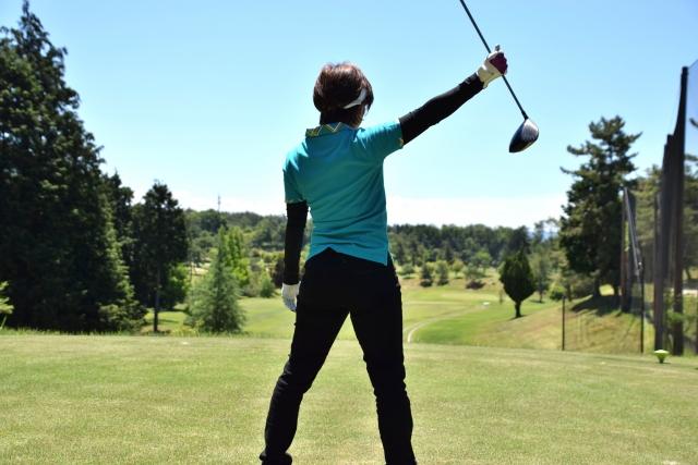 2. 女性が冬ゴルフでの服装を決める上での注意点