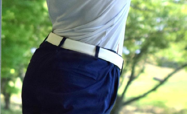 白色のゴルフベルトで爽やかファッションに!人気商品ランキング10選!
