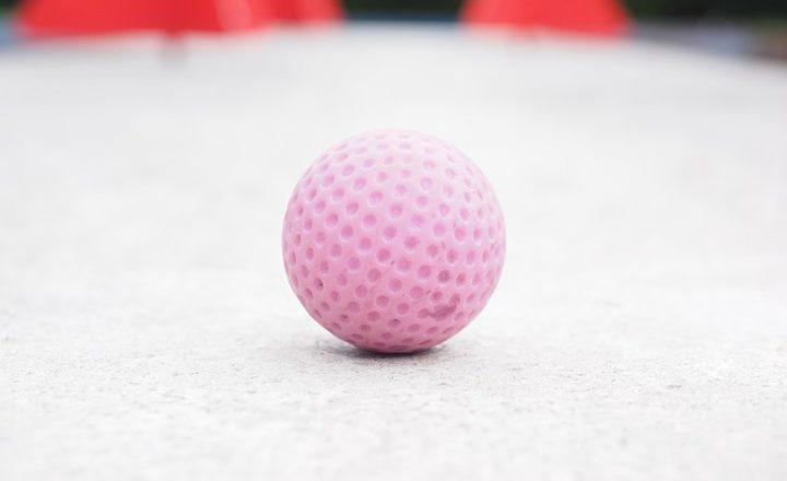 デザインがかわいいレディース用ゴルフボール10選【女性向けの性能も追求!】