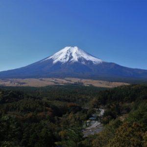 静岡でハーフプレーができるゴルフ場特集!サクッと回れる人気コース5選!