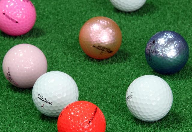 1. かわいいレディース用ゴルフボールの選び方をチェック!