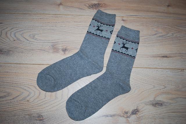 3. 海外のゴルフ場ではダーク系の靴下がマナー