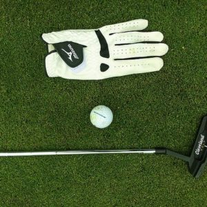 ゴルフグローブは洗濯しても良いの?上手なお手入れの方法をご紹介!