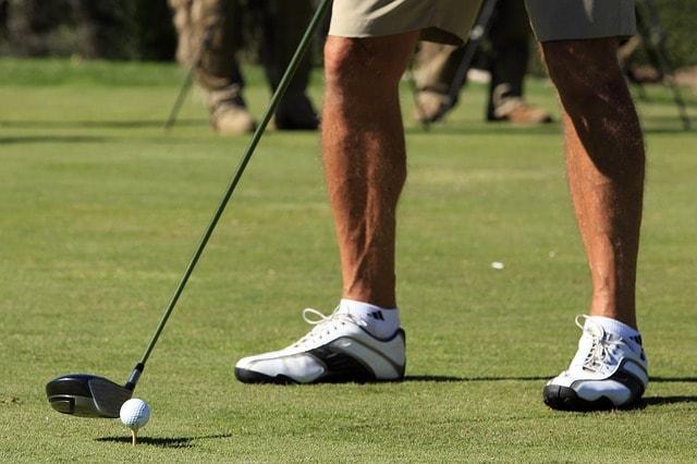 3. シャフトの柔らかいドライバーと相性が良いゴルファーの特徴とは?