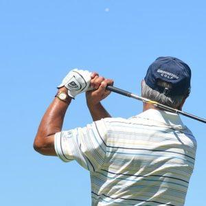 ゴルフグローブを片手だけ付ける理由とは?おすすめな選び方や人気商品も!